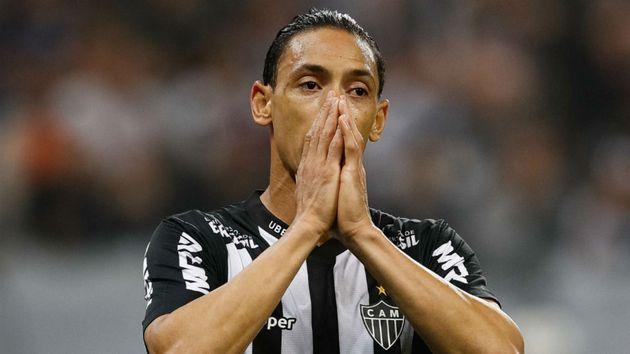 Ricardo Oliveira, Franco Di Santo e mais quatro atletas estão fora dos planos do Atlético-MG