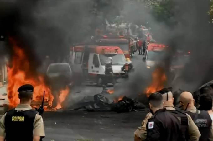Aeronave de pequeno porte caiu em área residencial de Belo Horizonte. 21/10/2019 (Rede Globo/Reprodução)